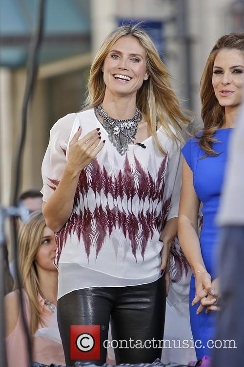 maria menounos heidi klum celebrities at the grove 3555624