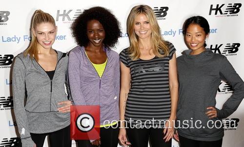 Heidi Klum and Models 7