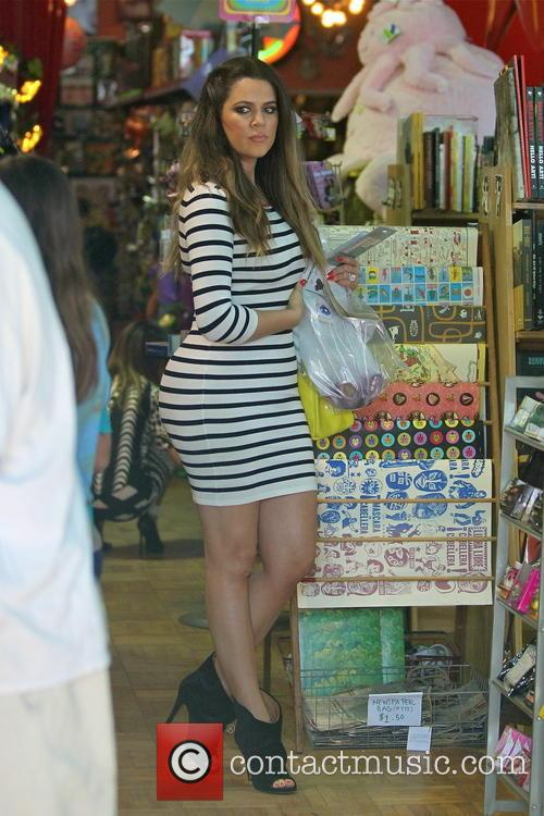 khloe kardashian the kardashians go shopping 3555923