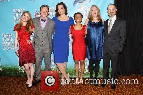 Genevieve Angelson, Billy Magnussen, Sigourney Weaver, Shalita Grant, Kristine Nielsen and David Hyde Pierce 6