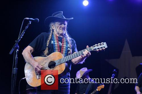 willie nelson willie nelson performs live 3556844