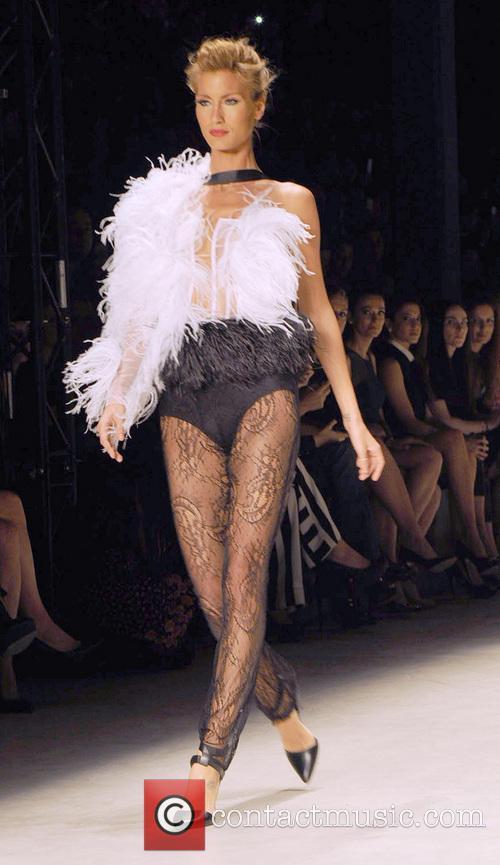 Turkish Top Model - Cagla Sikel 2