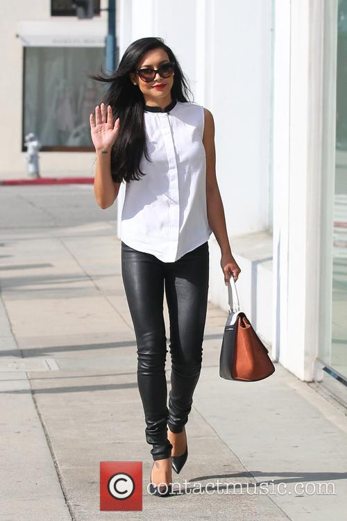 naya rivera naya rivera visits crumbs bake 3557183