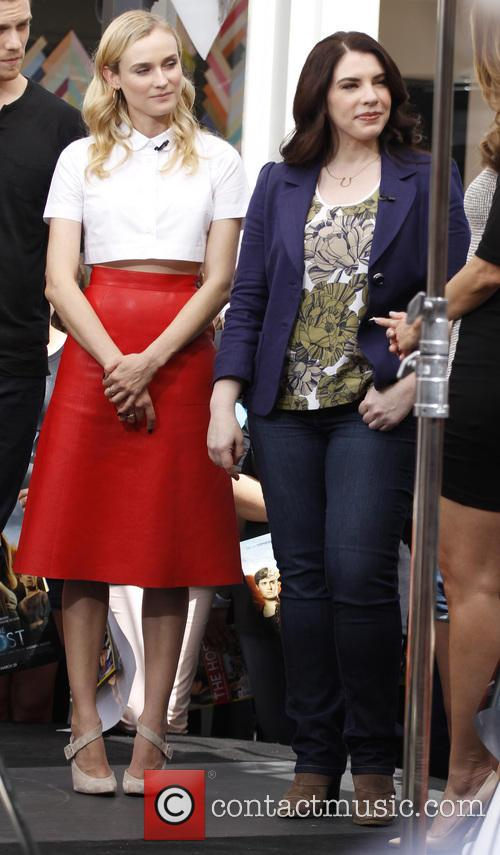 Diane Kruger and Stephenie Meyer 2