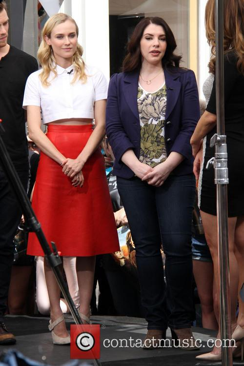 Diane Kruger and Stephenie Meyer 6