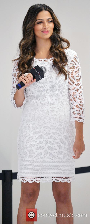 Camila Alves 3