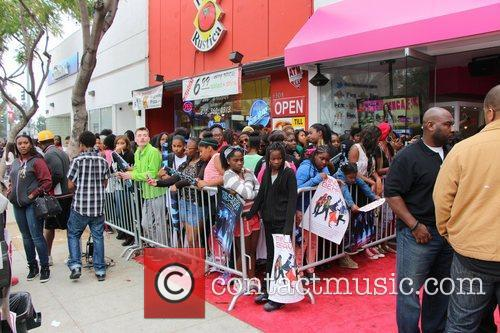 Mindless Behavior and Fans - Atmosphere 1