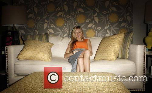 Lindsay Arnold 2