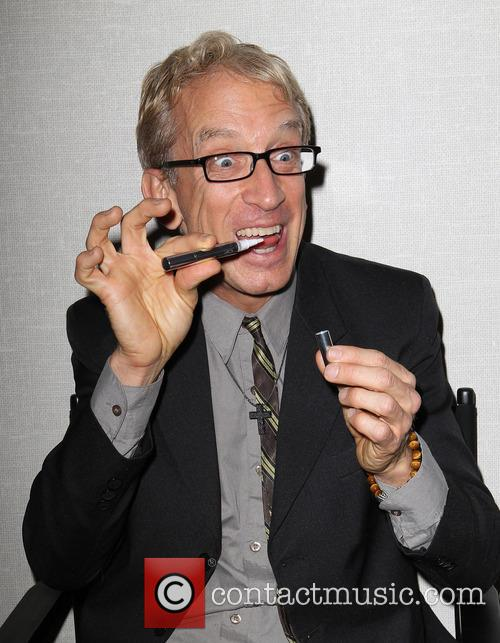 Andy Dick 28