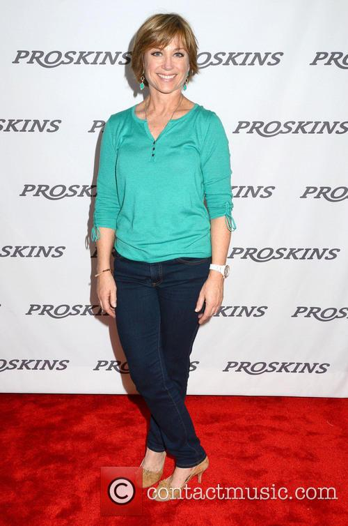 dorothy hamill dancing with the stars gifting 3560899