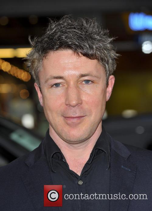 aidan gillen premiere of the third season 3562805