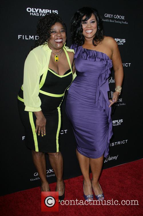 Loretta Devine and Lela Rochon 7
