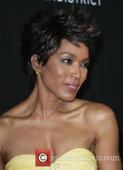 angela bassett los angeles premiere of olympus 3562819