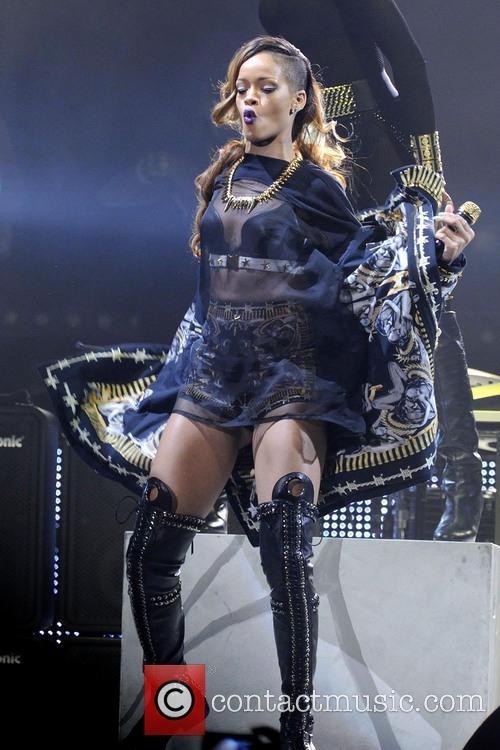Rihanna 23