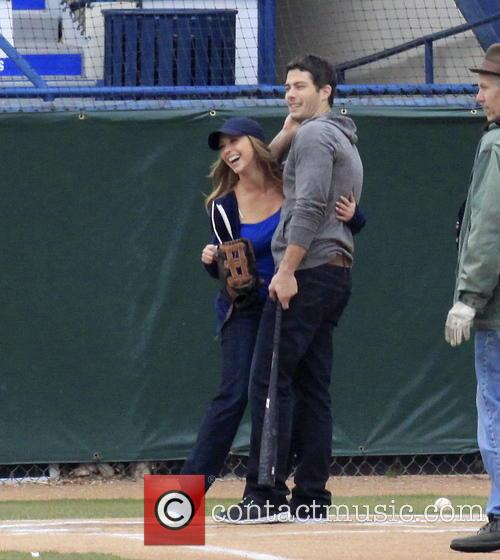 Jennifer Love Hewitt and Brian Hallisay 25
