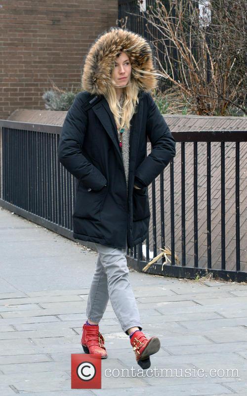 Sienna Miller 4