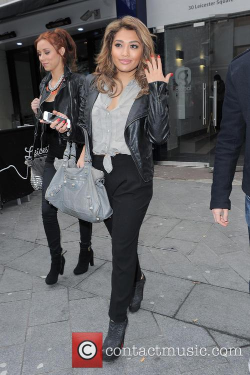 The Saturdays and Vanessa White 3