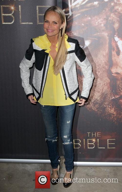 Kristen Chenoweth 3