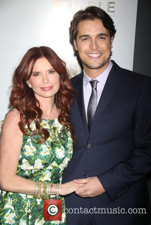 Diogo Morgado and Roma Downey 7