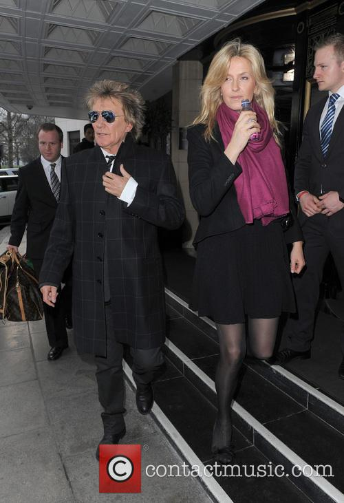 Rod Stewart and Penny Lancaster-stewart 3