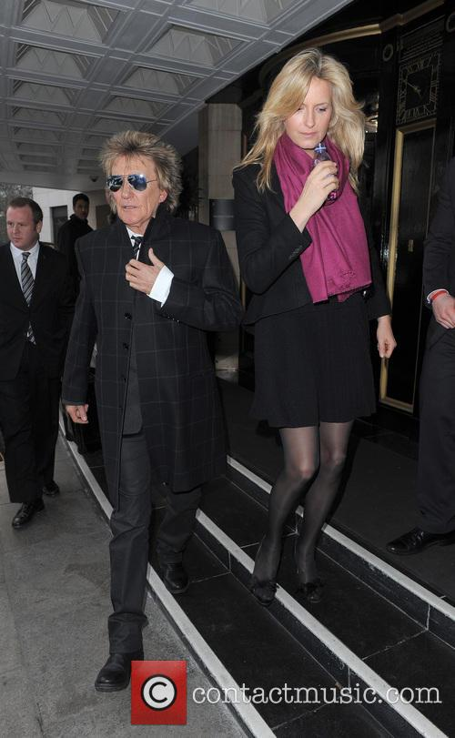 Rod Stewart and Penny Lancaster-stewart 4
