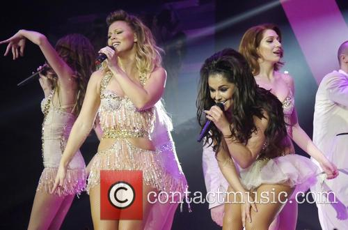Kimberley Walsh, Cheryl Cole, Nicola Roberts and Girls Aloud 6