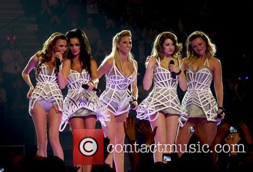 Nadine Coyle, Cheryl Cole, Nicola Roberts, Kimberley Walsh, Sarah Harding and Girls Aloud 9