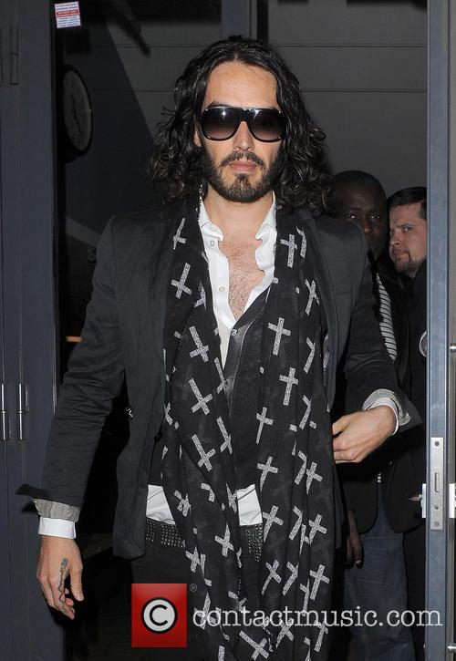 russell brand russell brand leaving the soho 3564657