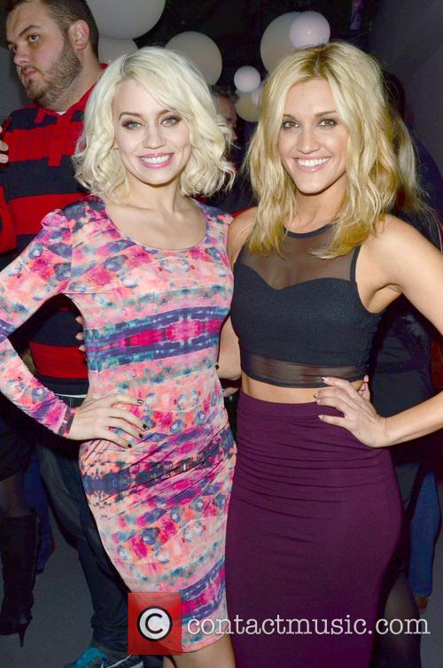 Kimberley Wyatt and Ashley Roberts 7