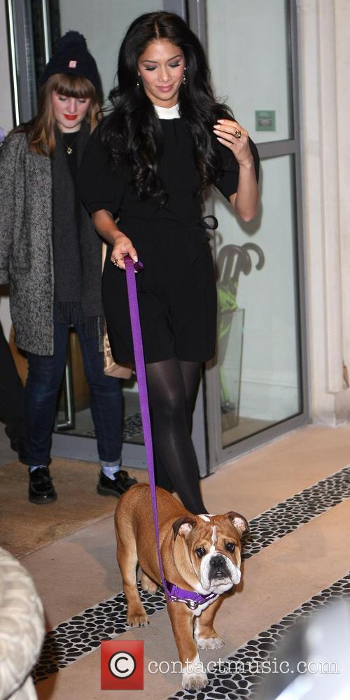 Nicole Scherzinger with bulldog Roscoe