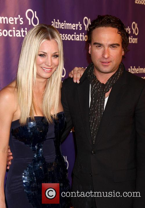 Kaley Cuoco and Johnny Galecki 3