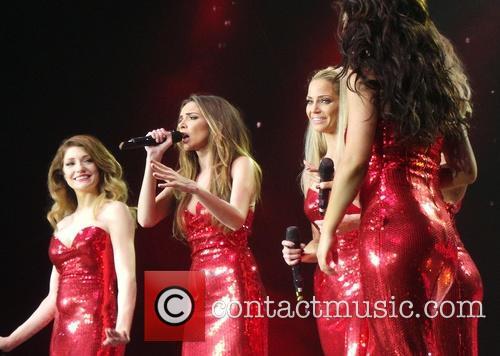Kimberley Walsh, Nicola Roberts, Nadine Coyle, Cheryl Cole and Sarah Harding 21