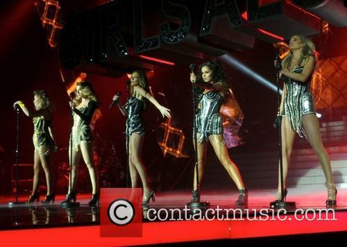 Nicola Roberts, Nadine Coyle, Cheryl Cole and Sarah Harding 8