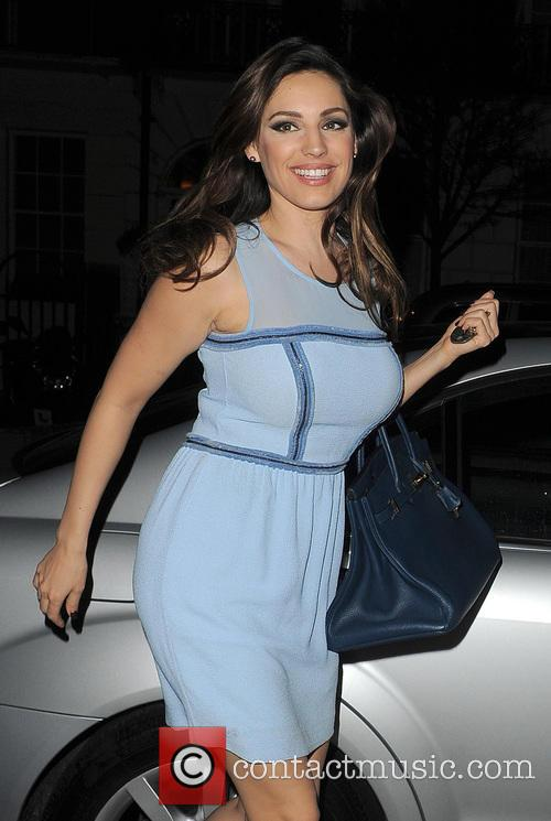 Kelly Brook Arriving Home