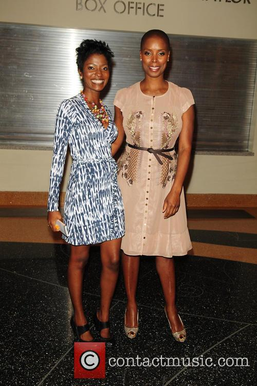 Sidra Smith and Yetunde O. Taiwo 4