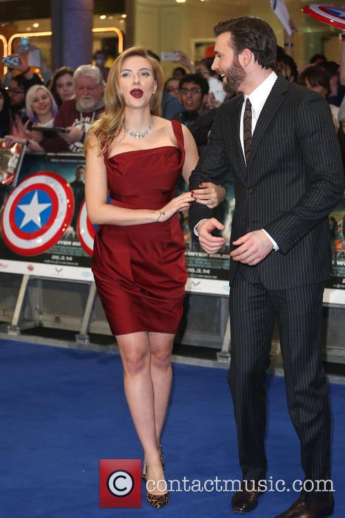 Scarlett Johansson and Chris Pine 7