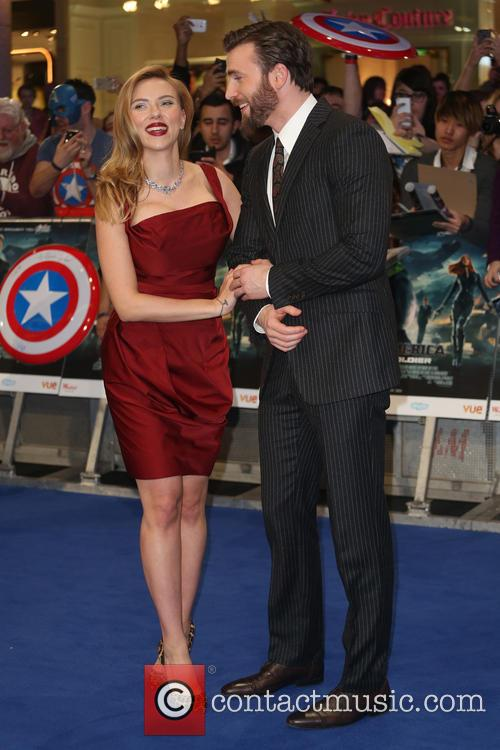 Scarlett Johansson and Chris Pine 8