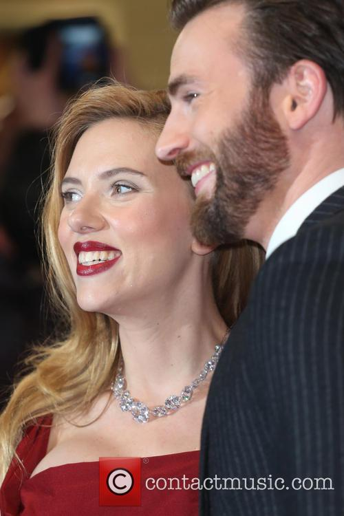 Scarlett Johansson and Chris Pine 11