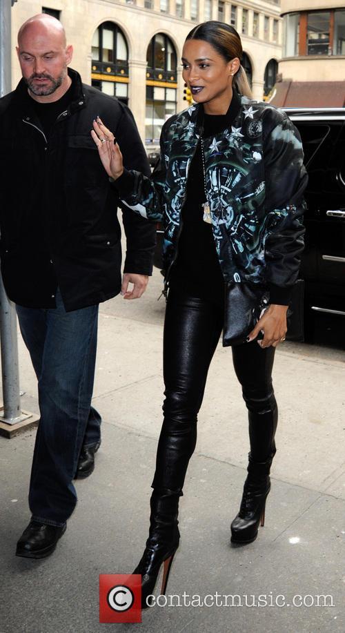 Ciara Visits Blogger Idolator