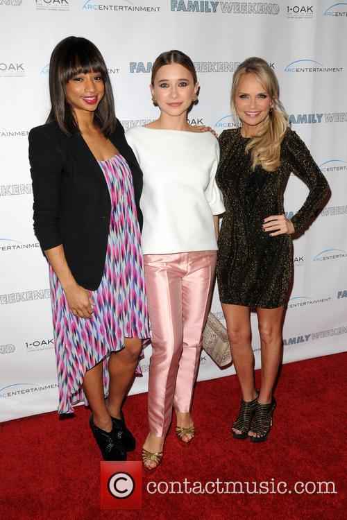 Monique Coleman, Kristin Chenoweth and Olesya Rulin 2