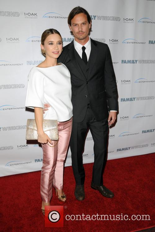 Olesya Rulin and Andrew Gray Mcdonnell 10