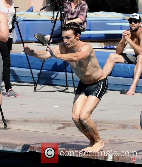 drake bell diving practice for tv show 3568846