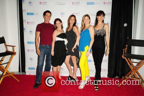 Amy Jo Johnson, Jana Saunders, Ulie Johnson, Stephanie Heil and Miranda Saunders 9