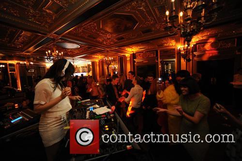 Caroline Flack, Cafe Royal