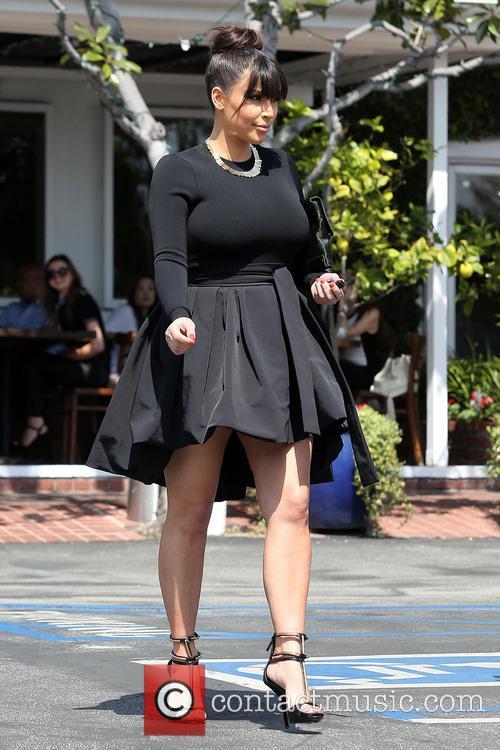 kim kardashian kim kardashian leaving fred segal 3570744