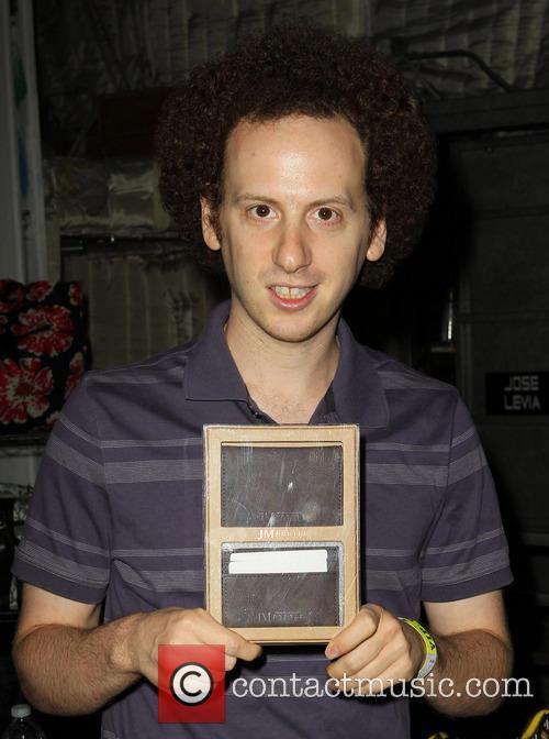 josh sussman kids choice awards celebrity gift 3571357