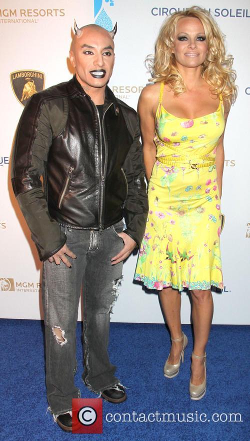 Jesus Villa and Pamela Anderson 1