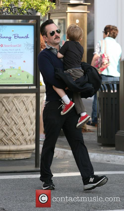 Thomas Lennon and Son Oliver 4