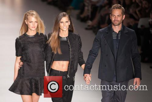 Erin Heatherton, Izabel Goulart and Paul Walker 3