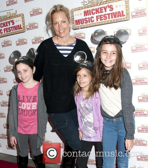 Ali Wentworth and Family 3